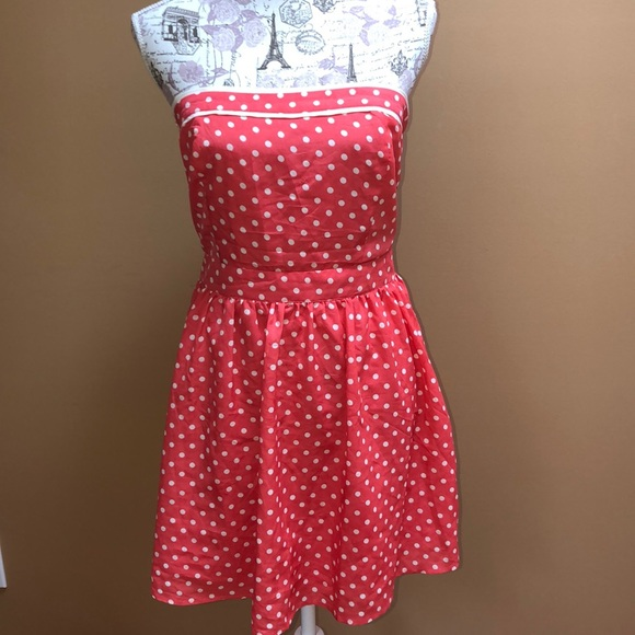 Forever 21 Dresses & Skirts - Forever 21 pink Polka Dot Strapless Dress Large